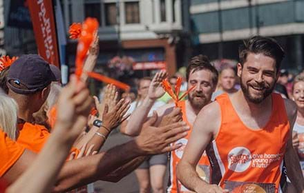 Man runs a marathon for Centrepoint.