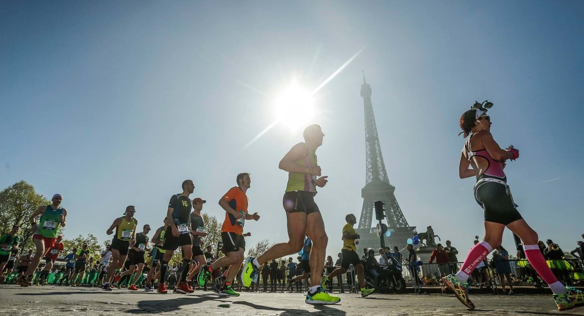 Paris marathon runners